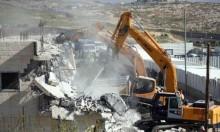 الاحتلال يهدم منشآت بشعفاط ويعتقل 7 مقدسيين