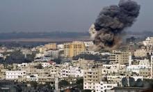 انتشال جثماني شهيدين من موقع تعرض لقصف طائرات الاحتلال