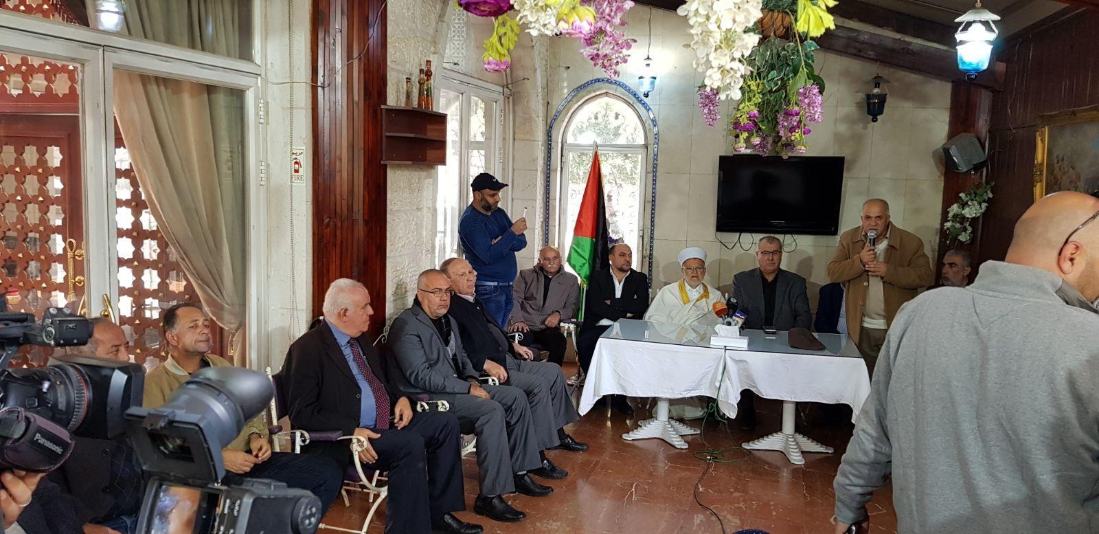 وفد المتابعة يلتقي المرجعيات الدينية في القدس