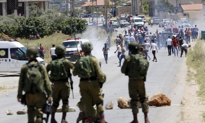 عشرات الجرحى بتجدد المواجهات مع الاحتلال بالضفة وغزة