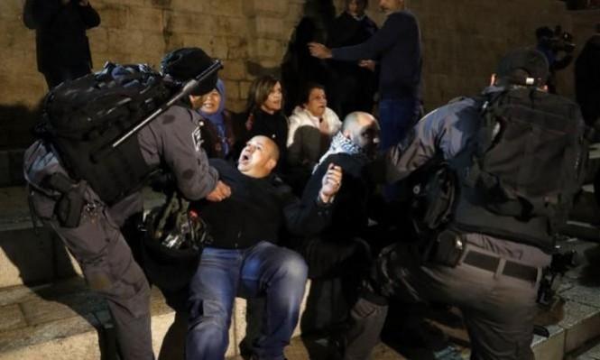 الاحتلال يشن حملة اعتقالات ومداهمات ليلية بالضفة الغربية