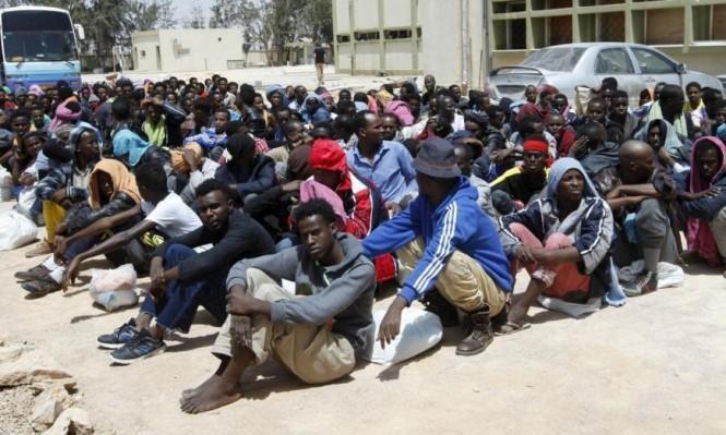 إجلاء لاجئين عالقين في ظروف غير إنسانية من ليبيا إلى إيطاليا
