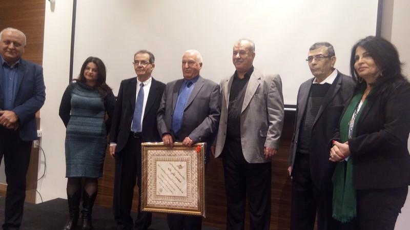 مجمع اللغة العربية يُتوّج نشاطه بتوزيع جائزة الأدب والمنح