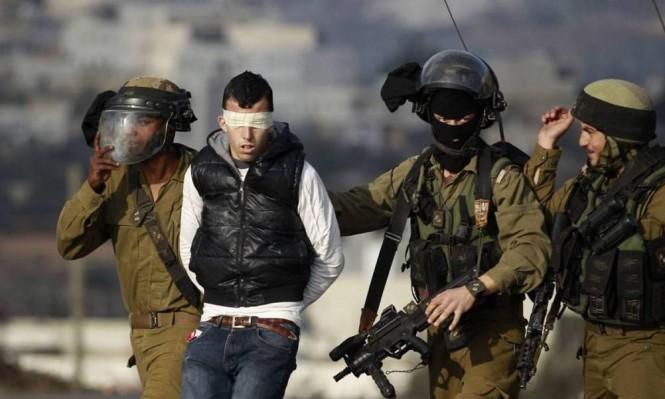الاحتلال يمدد اعتقال 6 شبان بالقدس ويعتقل 12 آخرين