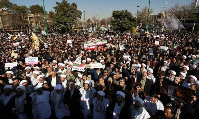 احتجاجات إيران: سؤال الشرعية وخيارات النظام