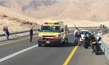 النقب: إصابة خطيرة لسائق دراجة نارية في حادث