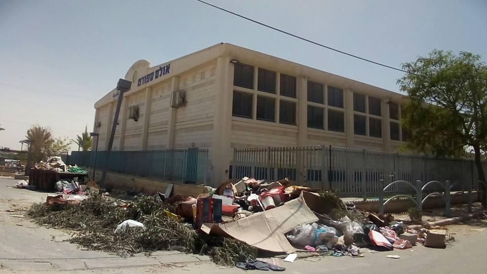 تل السبع: مؤسسات مدمرة وبنى تحتية مهترئة بلا أمل