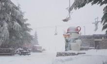 في قلب العاصفة: الثلوج تتراكم في جبل الشيخ
