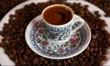 باحثون: شرب القهوة قبل التمارين يؤثر على أداء الرياضيين