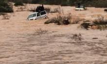 تخليص عالقين من واد غمرته المياه في منطقة الشاغور
