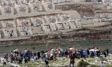 المياه تغمر قرية فلسطينية بسبب البناء بمستوطنة فوقها