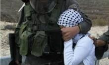 الاحتلال يبعد طفلة من الضفة لغزة ويعتقل فتاة