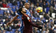 بيكيه ينقذ برشلونة من الخسارة في الديربي