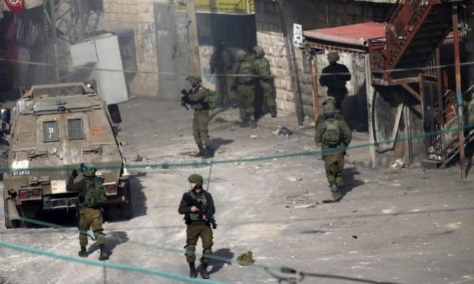 الاحتلال يواصل حملة ملاحقة منفذ عملية نابلس