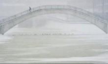 عاصفة ثلجية غير مسبوقة تشل الحركة في موسكو
