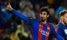 برشلونة يسعى للتخلي عن لاعبه بالميركاتو الصيفي