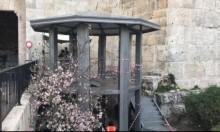 سلطات الاحتلال تنصب برج مراقبة أمام باب العامود