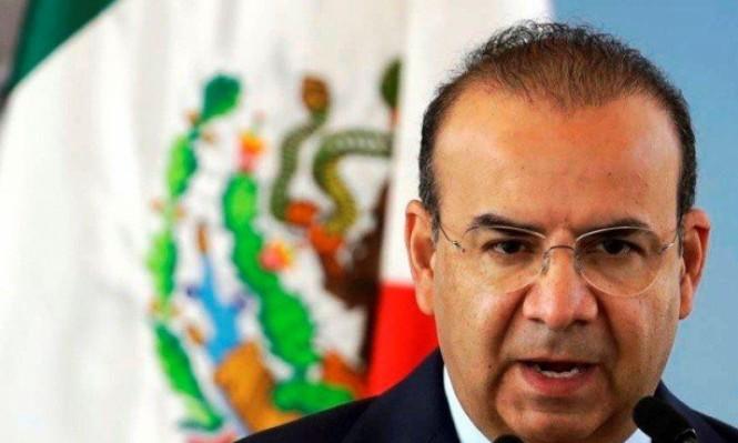 نجاة وزير مكسيكي من تحطم مروحية أوقع 13 قتيلا