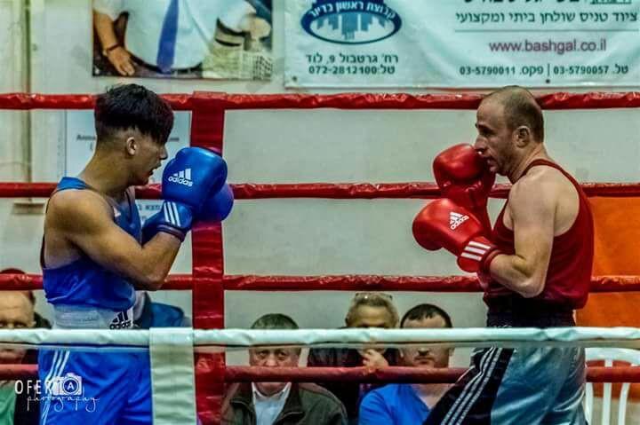 النصراوي اشتيوي يتوّج كأفضل ملاكم في البلاد بوزنه