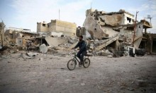 سورية: ارتفاع عدد القتلى في الغوطة واستهداف المراكز الطبية