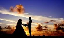 """الشبان العراقيون والزواج من أوروبيات: """"حب"""" أم """"مصلحة""""؟"""