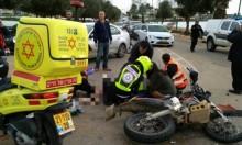 إصابة سائق دراجة نارية في حادث وسط البلاد