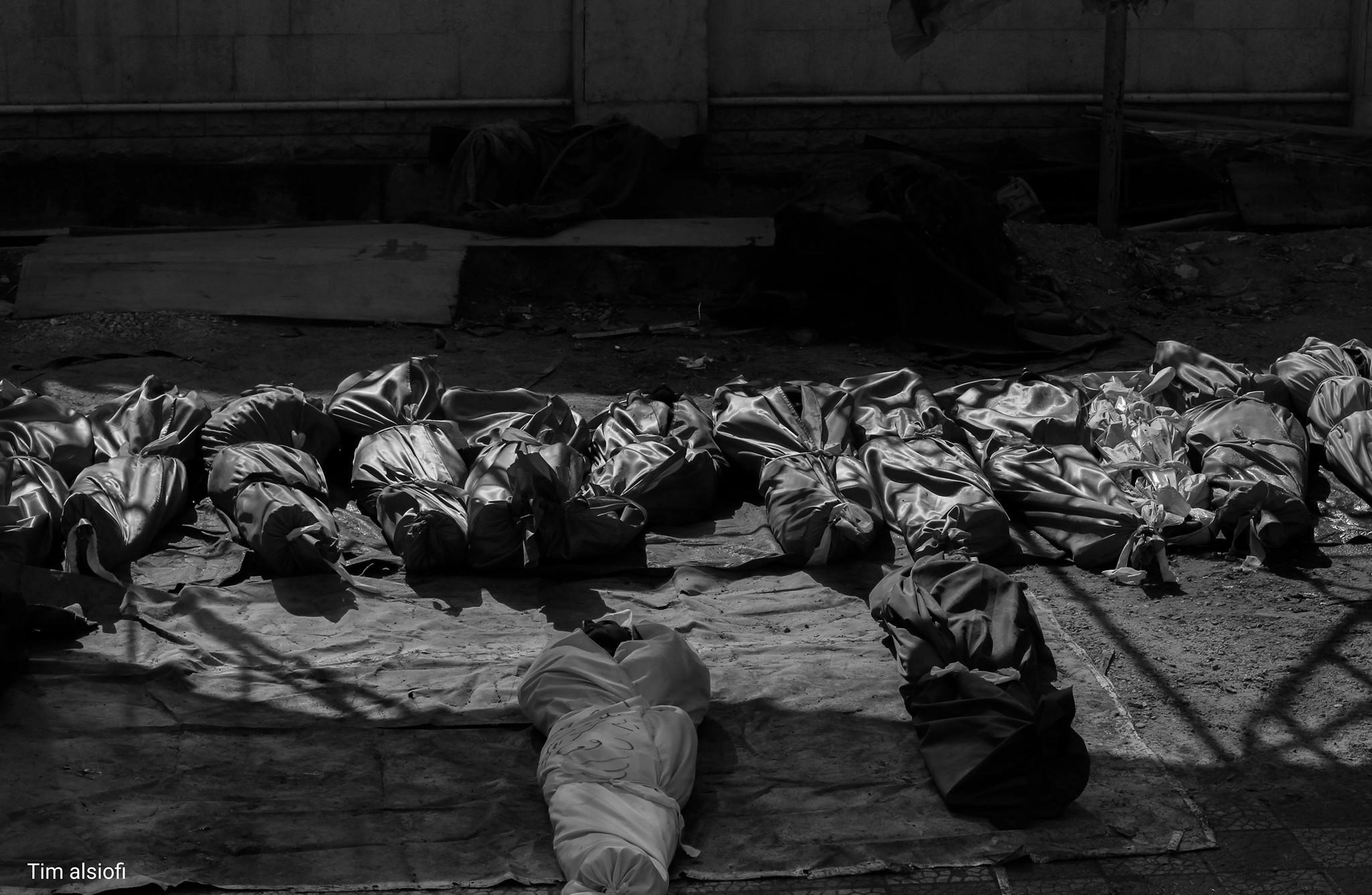 مآذن الغوطة تعلن الغارات وطبيبها يصف مأساتها بيوم القيامة