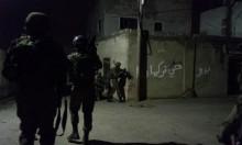 الخليل: الاحتلال يعتقل فتى فاقدا للوعي وإصابة العشرات بالاختناق