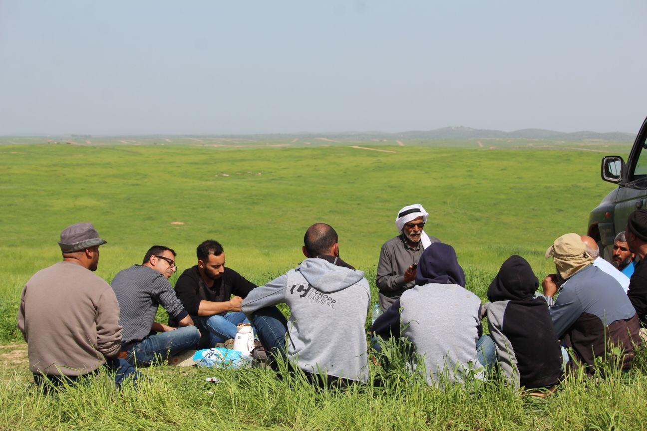 النقب: إطلاق سراح مربي الإبل موسى الوج من أم خشرم