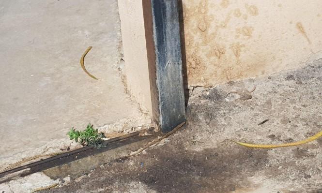 البعنة: إلقاء زجاجة حارقة على منزل مدير المدرسة الشاملة