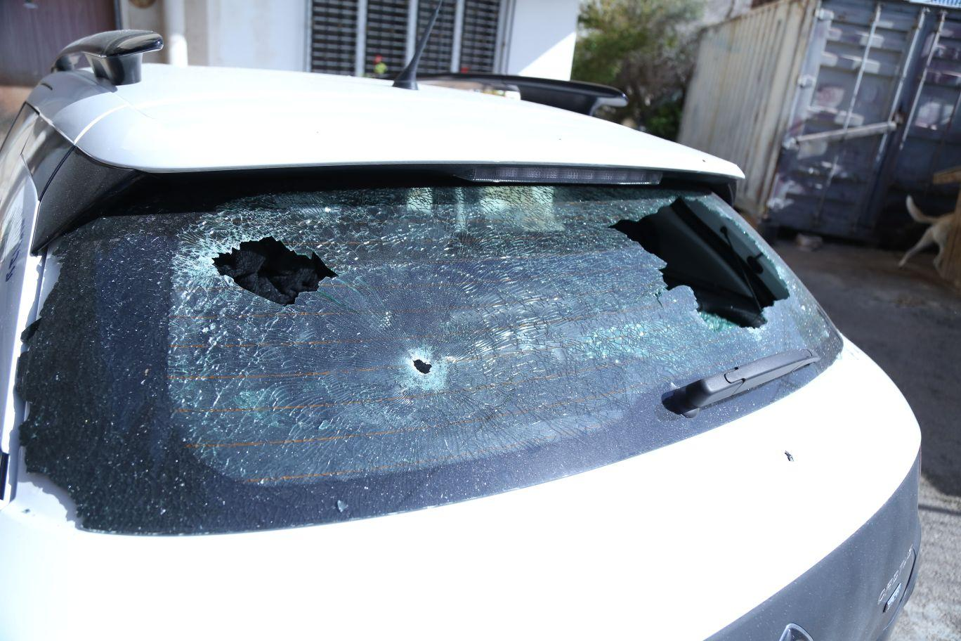 كفر كنا: إطلاق نار على منزل مأهول وسيارتين