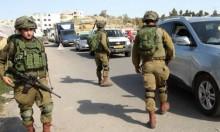 الاحتلال يوظف الحواجز العسكرية لجمع المعلومات عن الفلسطينيين
