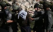 الاحتلال يعتقل امرأة و5 فتية باقتحام العيساوية