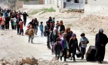 آلاف السوريين ينزحون مع دخول معركتي الغوطة وعفرين الحسم