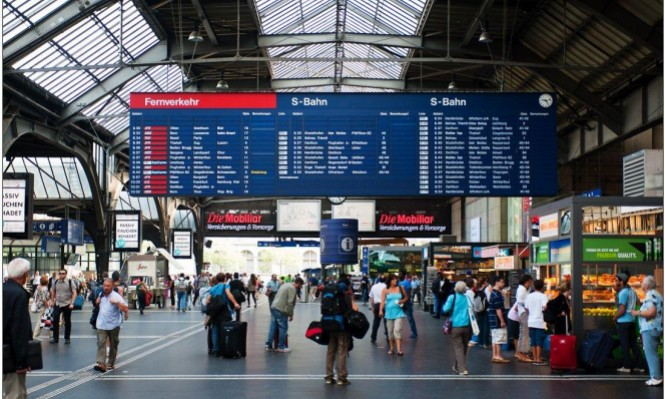 """""""حقوق المواطن"""" تطالب بوقف التمييز ضد المسافرين العرب"""