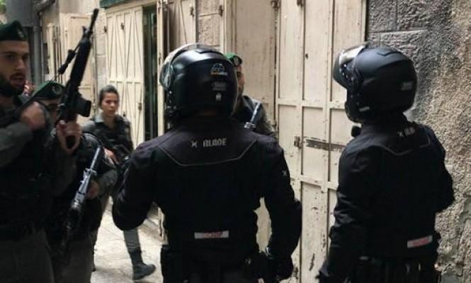 """اعتقال 8 مقدسيين بزعم """"عدم منع تنفيذ عملية طعن"""""""