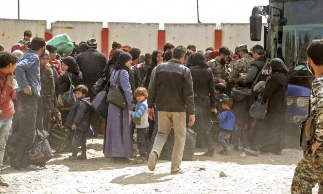 """الغوطة: اتفاق على إجلاء مقاتلين والوضع بمراكز الإيواء """"مأساوي"""""""