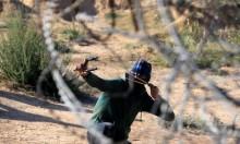 غزة: الاحتلال يعتقل ثلاثة فلسطينيين اجتازوا الشريط الحدودي