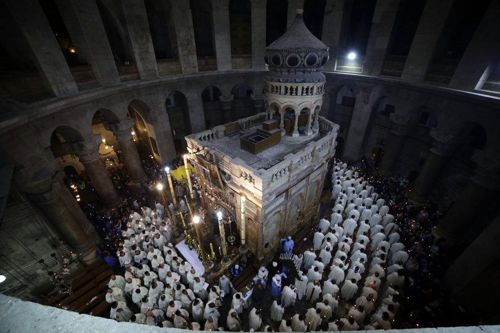 كنيسة القيامة تحتفل بعيد الفصح وأحد الشعانين