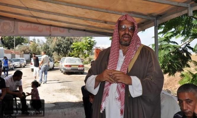 إحالة الشيخ يوسف الباز من اللد للحبس المنزلي