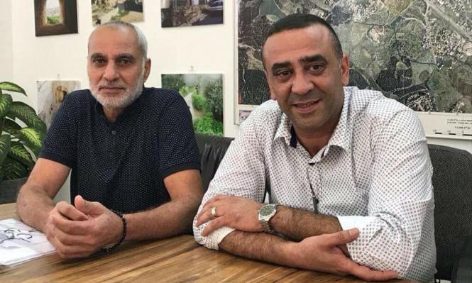 حداد: نطالب البلدية بإنزال أعلام إسرائيل عن مدخل شفاعمرو فورا