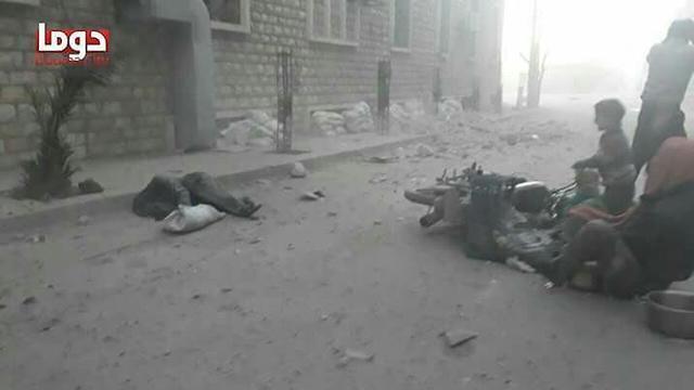 محرقة دوما: 150 قتيلًا مدنيا بهجوم كيميائي للنظام