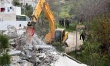 الاحتلال يهدم منشآت زراعية بشقبا ويبعد 4 مقدسيين