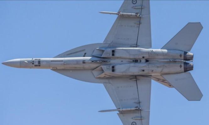 مقاتلات أميركية تحلق قبالة سواحل سورية وترامب يؤجل الإعلان