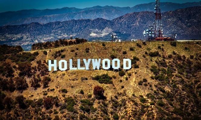 نجمات هوليوود يسعين للمساواة مع النجوم في الأجور