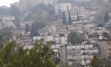 إصابة عامل سقط عليه جسم ثقيل قرب حيفا