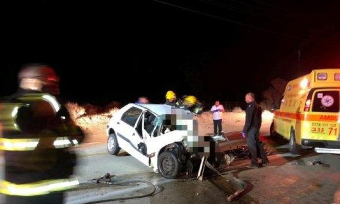 مصرع سائق وإصابة 10 أشخاص في حادث طرق بالنقب