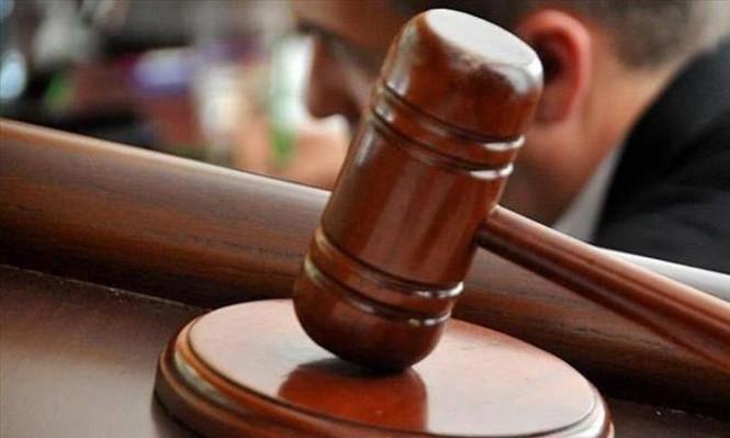 """مصر: تأجيل محاكمة بديع و15 آخرين بأحداث """"الإرشاد"""" للغد"""