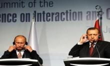 تركيا وروسيا: رفضنا مشاركة ماكرون في القمة الثلاثية بشأن سورية