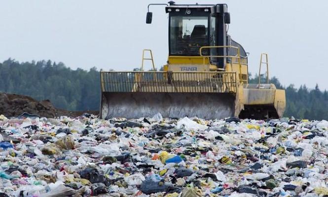 علماء: إنزيم آكل للبلاستيك قد يُساهم في مكافحة التلوث